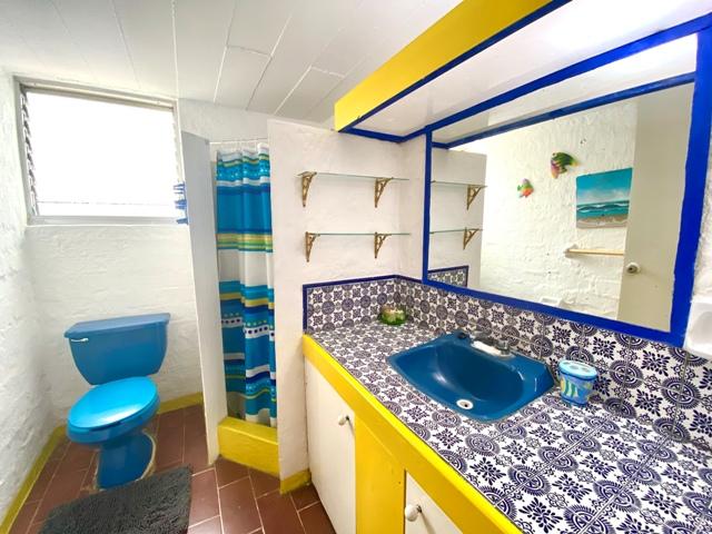 Casa Brisa - Bathroom